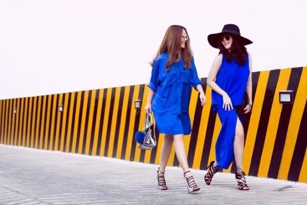 Bạn thích gu thanh lịch phá cách ? Hãy nhìn outfit  oversize của Yến Trang, còn là fan của những chiếc váy dài ? Gợi ý cho bạn nằm ở set đồ của Yến Nhi.