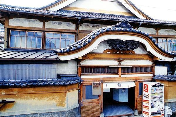 Các sento thường được xây dựng theo lối kiến trúc truyền thống. (Ảnh: japan-magazine)
