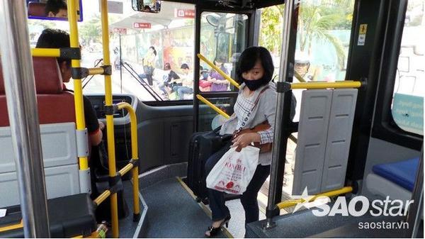 Xe bus 5 sao 12
