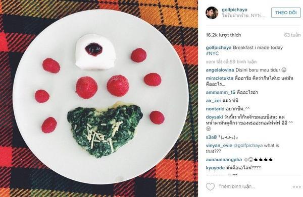 """Nam diễn viên Thái Lan còn """"phát cuồng"""" vì dâu tây đến mức tự tay làm bữa sáng lấy cảm hứng từ trái dâu."""