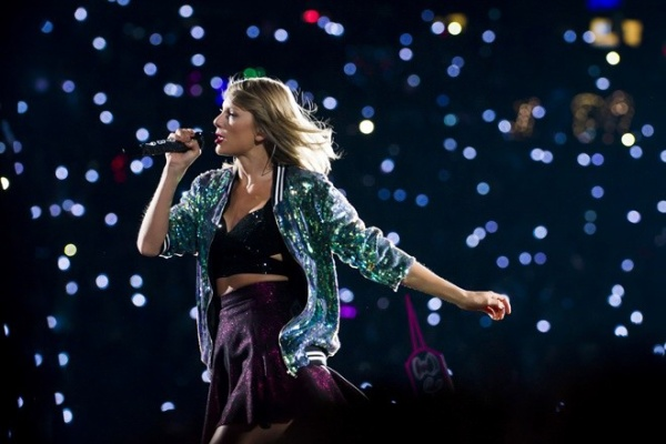 "Singer Taylor Swift performs during her ""1989"" world tour at MetLife Stadium on Saturday, July 11, 2015, in East Rutherford, New Jersey. (Photo by Charles Sykes/Invision/AP)"