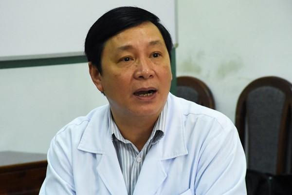 Giám đốc bệnh viện nói các bác sĩ đã làm dúng quy trình trong việc khám, điều trị cho bà Là.