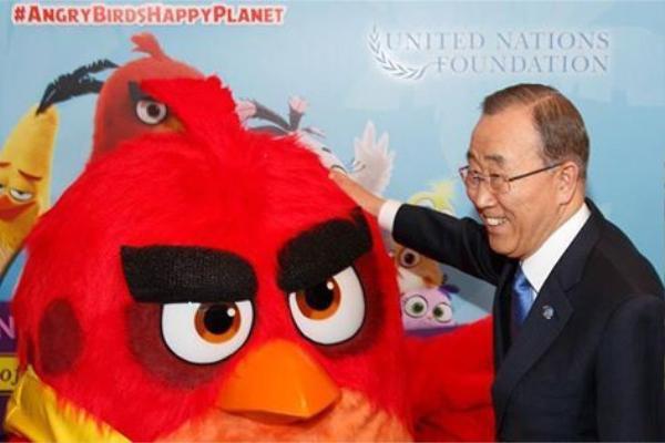Được giao trọng trách làm Đại sứ Hạnh phúc, có vẻ gương mặt của Angry Bird cũng thư giãn hơn chăng?
