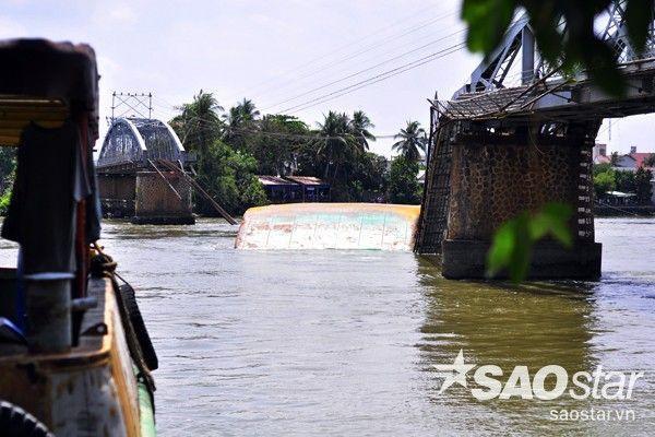 Hiện trường vụ sập cầu ghềnh ở TP Biên Hòa.