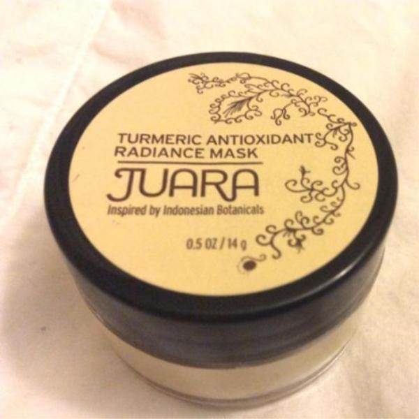 Mặt nạ Juara Turmeric Antioxidant Radiance Mask.