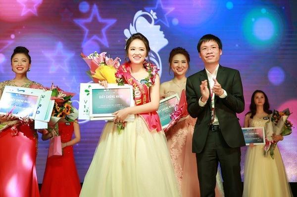 Hotgirl Tâm Xíu - Hoàng Minh Tâm giành ngôi vị á khôi 2 và Miss Thể thao.