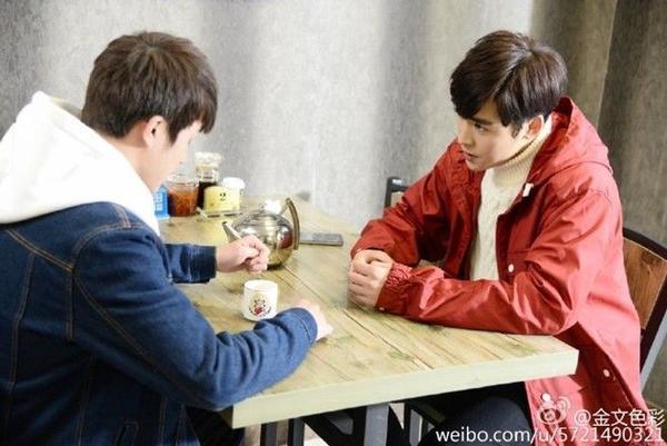Hai diễn viên chính của Số 10 phố Yên Đại Tà