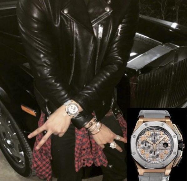 Sở thích sưu tầm đồng hồ bạc tỷ của Denis Đỗ. Trong ảnh là đồng hồ Piguet phiên bản giới hạn Lebron James có già khoảng 1 tỷ 300 triệu đồng.