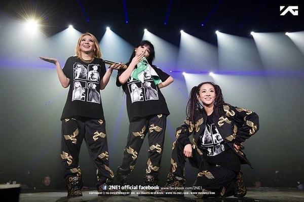 CL, Bom, Sandara