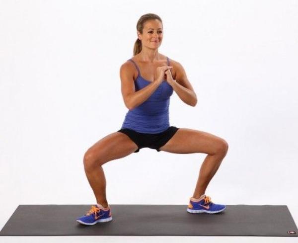 5 bài tập Pilates giảm béo bụng cấp tốc,