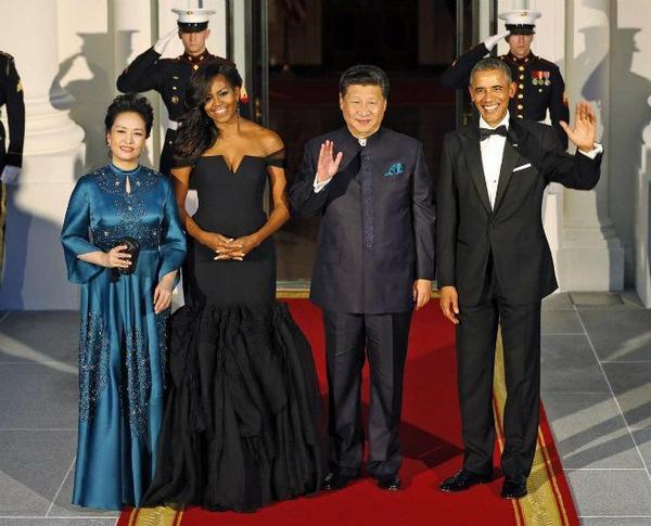 Buổi tiệc chiêu đãi Chủ tịch Trung Quốc Tập Cận Bình và phu nhân Bành Lệ Viên được tổ chức vào tối 25/9/2015. Đây là lần thứ 2, ông Obama chiêu đãi nguyên thủ Trung Quốc. Buổi quốc yến này đã gây hứng thú cho báo chí và người dân Trung Quốc với một thực đơn mang đạm phong cách Trung Hoa.