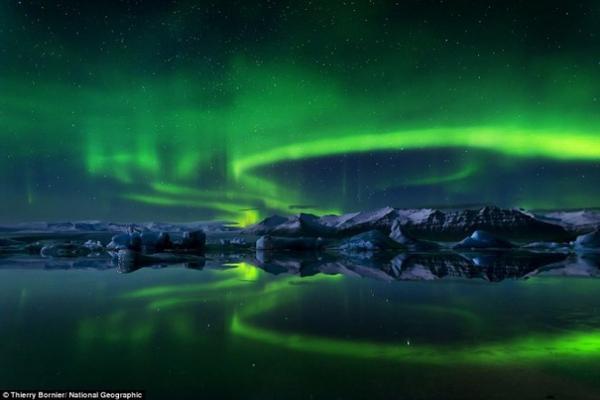 Bắc cực quang ở Iceland