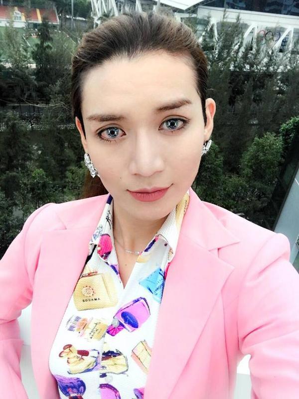 """Trong danh sách này không thể không nhắc đến BB Trần - """"người đẹp"""" nổi tiếng điệu đà của showbiz Việt."""