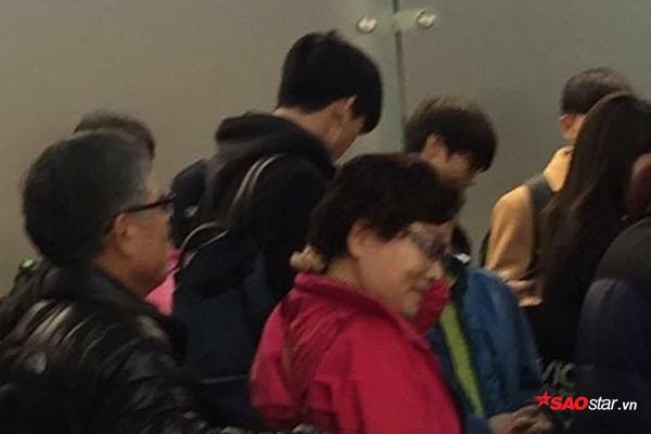 Fan Hà Nội chú ý: Taecyeon (2PM) sẽ đáp chuyến bay vào lúc 1h30!