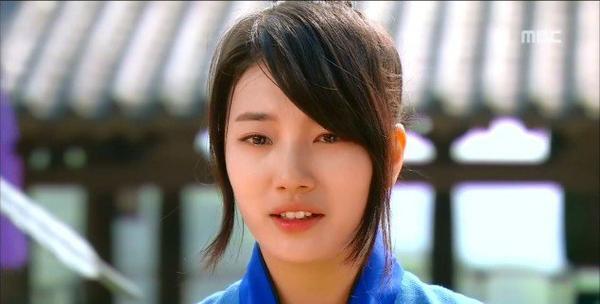 Cười vậy thôi, loạt thần tượng xứ Hàn này từng mang nỗi đau tinh thần nặng nề - ảnh 9