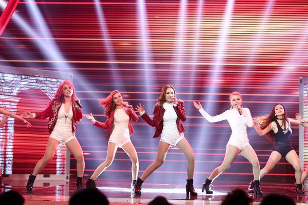 Yến Trang rơi tự do từ độ cao 2m, S Girls mang Hồ Thiên Nga đầy choáng ngợp lên sân khấu Remix New Generation - ảnh 8