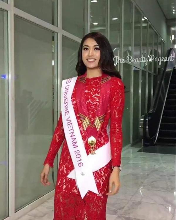 Á hậu Hoa hậu Hoàn vũ Việt Nam đầy tự tin.