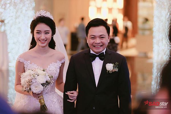 Ông xã của Thu Ngân là doanh nhân Doãn Văn Phương, hơn cô 19 tuổi.