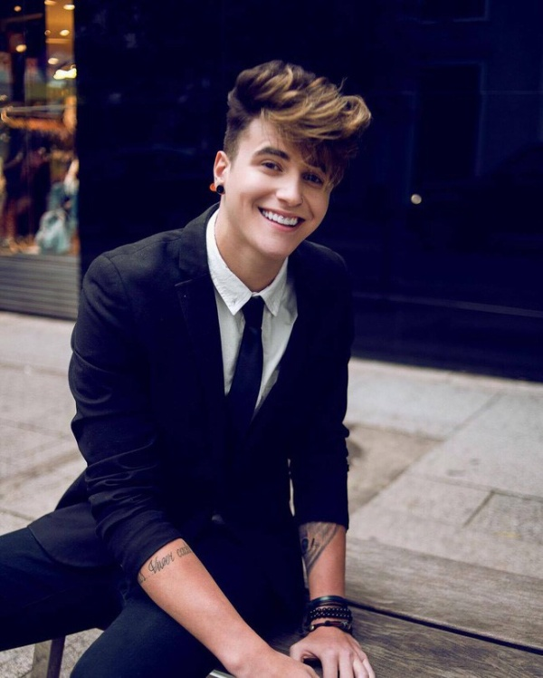 Hot boy Brazil giống Justin Bieber thu hút hơn 3 triệu fan trên Instagram