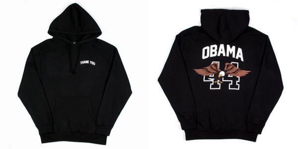 """Chiếc áo hoodie nằm trong bộ sưu tập """"Thank you Obama"""" với dòng chữ """"thank you"""" đúng với vị trí của trái tim và đằng sau là hình ảnh chú chim đại bàng và tên của cựu tổng thống."""