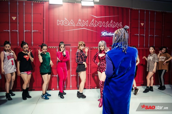 Team Thiều Bảo Trâm bất ngờ thay đổi âm nhạc, vũ đạo trước giờ lên sàn đấu Remix New Generation - ảnh 11