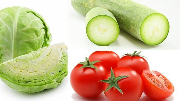 - Trưa: ăn rau và hoa quả. Cách 1 ngày ăn bổ sung thêm thịt bò hoặc thịt gà cho đủ chất nhưng lượng vừa đủ