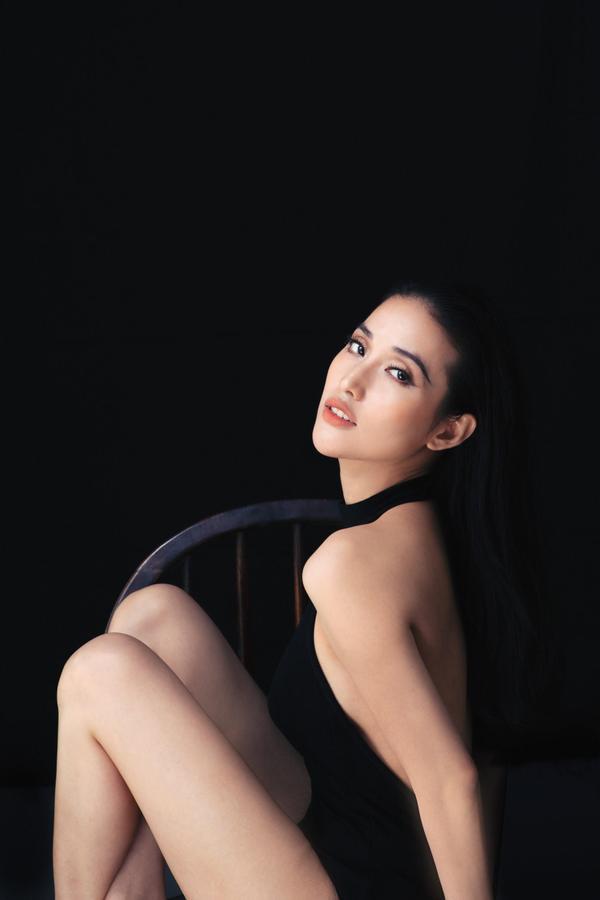 Ngoài gương mặt đẹp cùng với khả năng diễn xuất cuốn hút trên màn ảnh, Mai Hồ còn được xếp vào hàng mỹ nhân có vóc dáng đẹp. Tuy nhiên, khác với nhiều nghệ sĩ nữ khác kiêng khem chuyện ăn uống, Mai Hồ khá thoải mái và không hề ép buộc giảm cân.