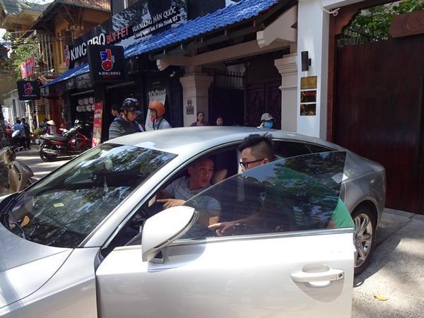 Người nhà Hoa hậu Thu Hoài đề nghị lái chiếc xe lên, không cần cẩu