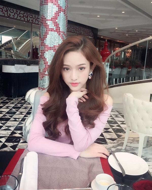 Hot girl Thúy Vi bất ngờ 'ghi danh' The Face Online mùa thứ 2 - Ảnh 3