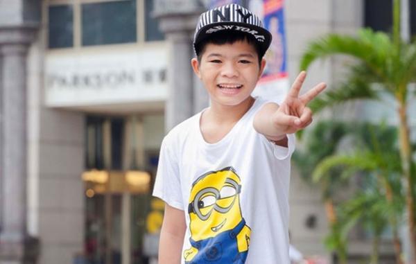 Quang Anh  Trở thành quán quân của Giọng hát Việt nhí mùa đầu tiên, Quang Anh được nhiều người biết đến bởi giọng hát đầy nội lực cùng vẻ ngoài nhí nhảnh, năng động.
