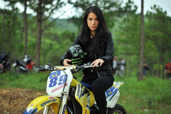 Năm 2014, Trương Ngọc Ánh trở lại màn ảnh rộng sau khi hôn nhân tan vỡ với dự án Hương Ga. Sau những sóng gió trong cuộc sống, cô nhập vai Diệu tự nhiên và chân thực đến không ngờ. Từ đó đến nay, người đẹp bận rộn hơn với công việc sản xuất phim, thỉnh thoảng đóng vai nữ chính trong những dự án được lựa chọn kỹ lưỡng.