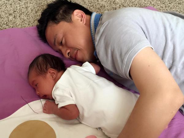 Một số hình ảnh của Lam Trường bên con gái được anh chia sẻ trên trang cá nhân.