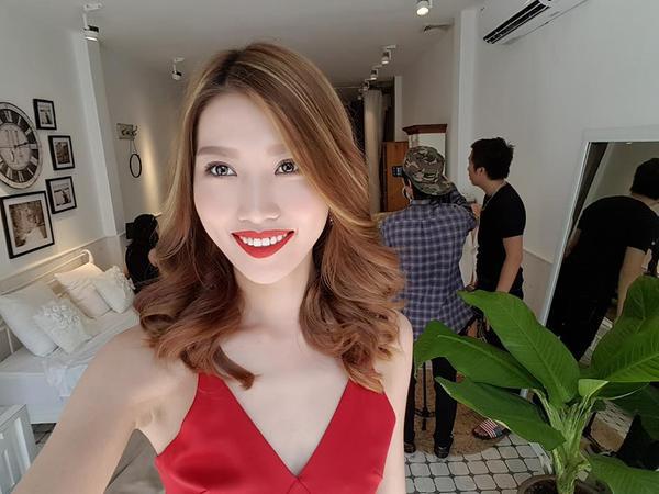 Quỳnh Châu sở hữu gương mặt xinh đẹp, vóc dáng thon gọn.