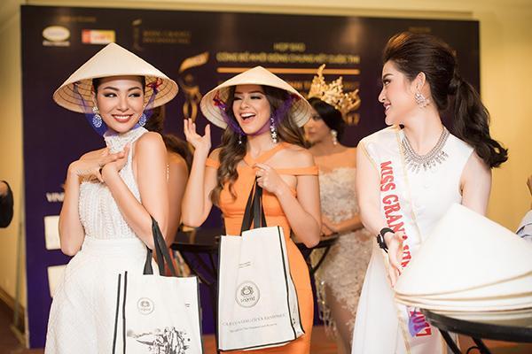 Huyền My chính thức được cấp phép tham dự Miss Grand International 2017 170418starhuyenmy-18