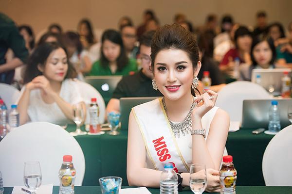 Huyền My chính thức được cấp phép tham dự Miss Grand International 2017 170418starhuyenmy-8