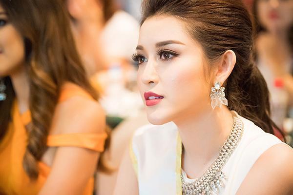 Huyền My chính thức được cấp phép tham dự Miss Grand International 2017 170418starhuyenmy-9