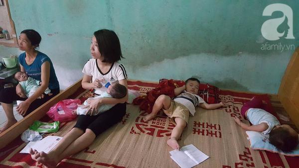 Người mẹ sinh đôi lên mạng rao tin cho con: Nhiều người đến xin nuôi em bé và giúp đỡ - ảnh 3