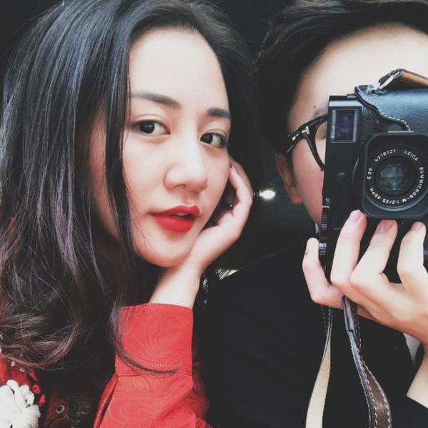 Văn Mai Hương thường xuyên chia sẻ khoảnh khắc hạnh phúc của mình cùng người yêu trên trang cá nhân.