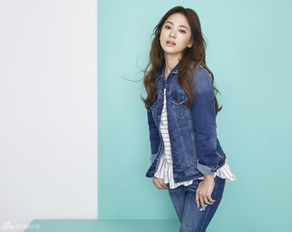 """Ban đầu, mẹ của Song Hye Kyo nghi rằng những người từng đến mượn tiền của gia đình có thể là thủ phạm. Nhưng ngoài dự liệu, đó lại chính là quản lí cũ của con gái. Bà đã hốt hoảng: """"Chuyện này là không thể. Tôi không thể tin được"""".  Tuy vậy, dù biết được thủ phạm của vụ việc trên nhưng mẹ của Song Hye Kyo cho biết bà sẽ không truy cứu trách nhiệm vì bà tin là cậu ấy (tức người quản lý cũ) sẽ không bao giờ làm thế."""