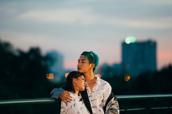 Tú Hảo (The Face) thức trắng 48 giờ đồng hồ để quay MV cùng Juun Đăng Dũng
