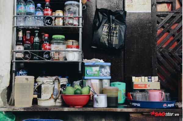 Chuyện kể của những bà cụ dành cả cuộc đời bán trà đá cho người dân Hà Thành - Ảnh 11.