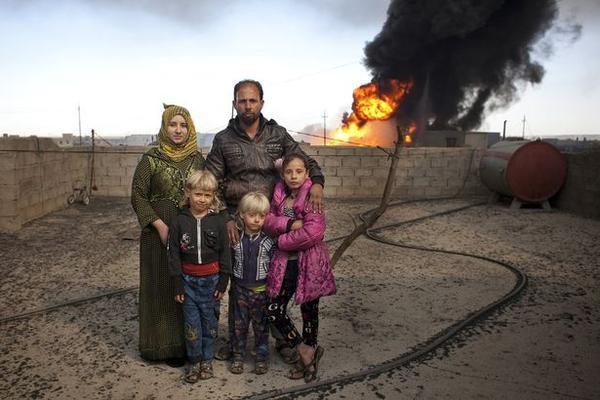 Ngày của cha: Những người cha trong cuộc chiến chống lại cái ác để bảo vệ con gái ở Iraq