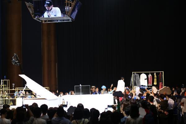 Mong đợi gì từ Fan meeting 'khủng' với 5000 fan của Sơn Tùng vào tháng 7 tới?