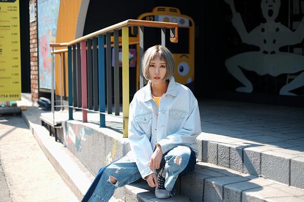 Min hạnh phúc 'Hôn anh' trong MV mới khi có happy-ending với soái ca xứ Hàn