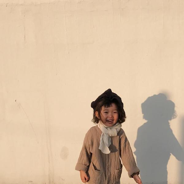 Mẹo nuôi con:  Học hỏi cách 'thiên biến vạn hóa' với xu hướng tối giản cùng 'fashionista nhí' từ xứ sở Kim Chi