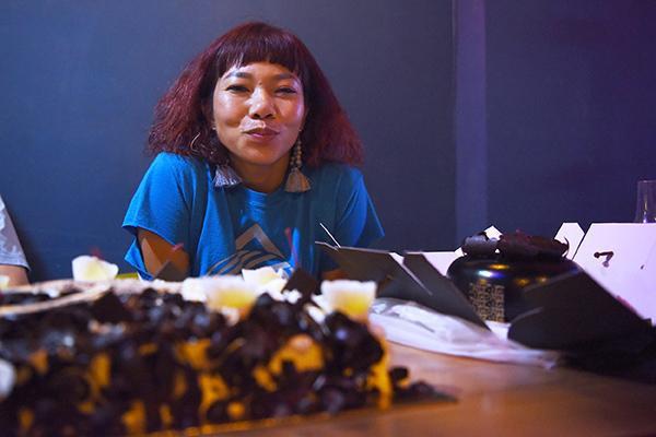Sau 'Anh cứ đi đi', Hà Trần ngẫu hứng chế lời '60 năm cuộc đời' mừng sinh nhật tuổi 40 - ảnh 8