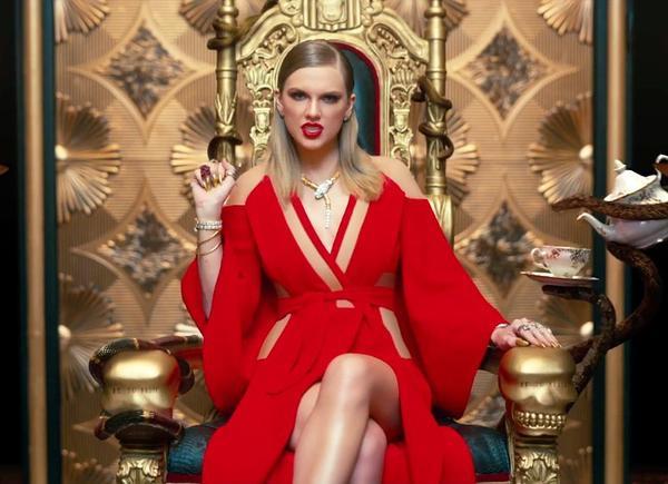 'Bom tấn' của Taylor Swift là MV quốc tế đầu tiên dẫn đầu top thịnh hành Việt Nam