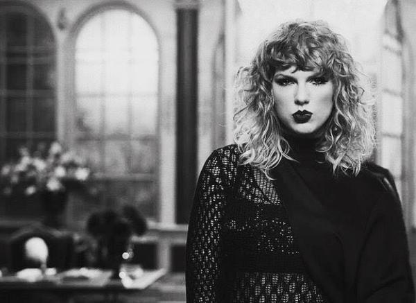 Sau MV 'khủng', Taylor Swift chính thức ra mắt bài mới xuất sắc không kém