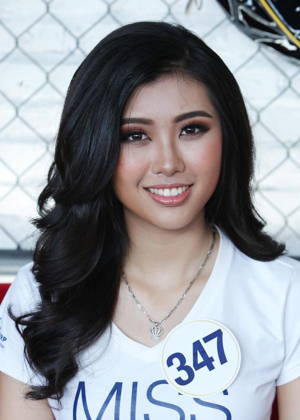 Không ngoài kỳ vọng, 'thánh ca dao' Hoàng Thùy giành vé vào bán kết Hoa hậu Hoàn vũ Việt Nam 2017. - ảnh 13