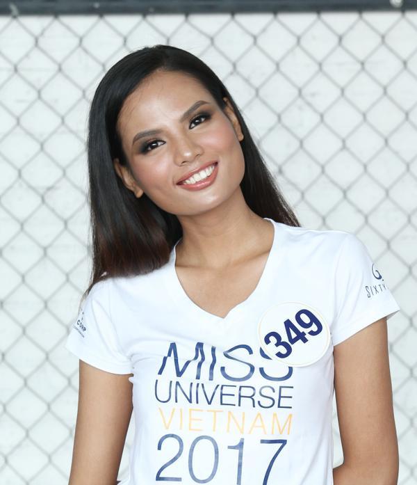 Không ngoài kỳ vọng, 'thánh ca dao' Hoàng Thùy giành vé vào bán kết Hoa hậu Hoàn vũ Việt Nam 2017. - ảnh 5